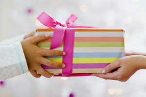 Accepting or refusing the gift?
